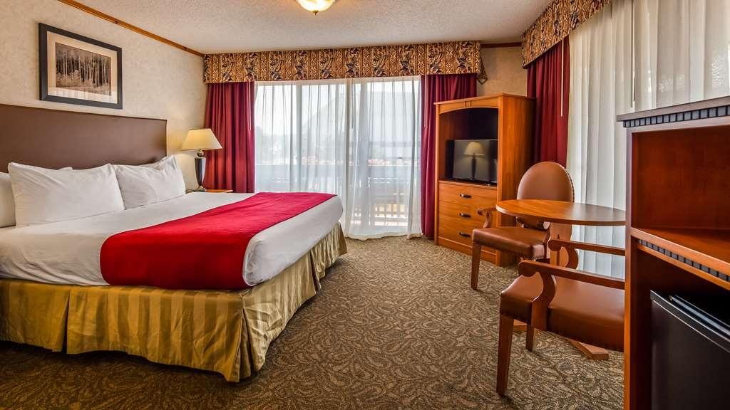 Best Western Adirondack Inn - 1 King Bed - 2nd Floor