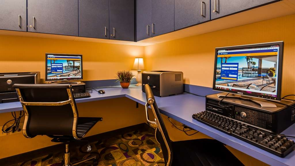 Best Western Plus Victor Inn & Suites - Business Center