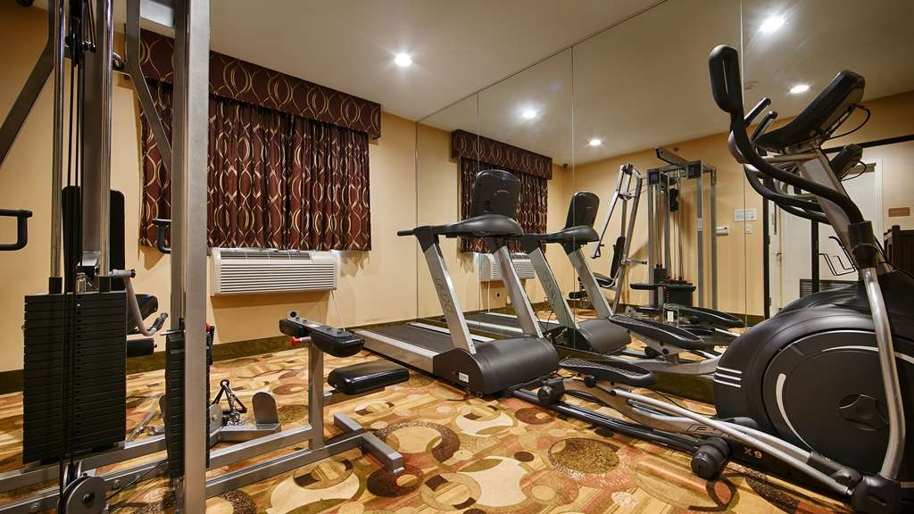 Best Western Plus Arena Hotel - Stay healthy while visiting Brooklyn, NY in our fully equipped fitness center.