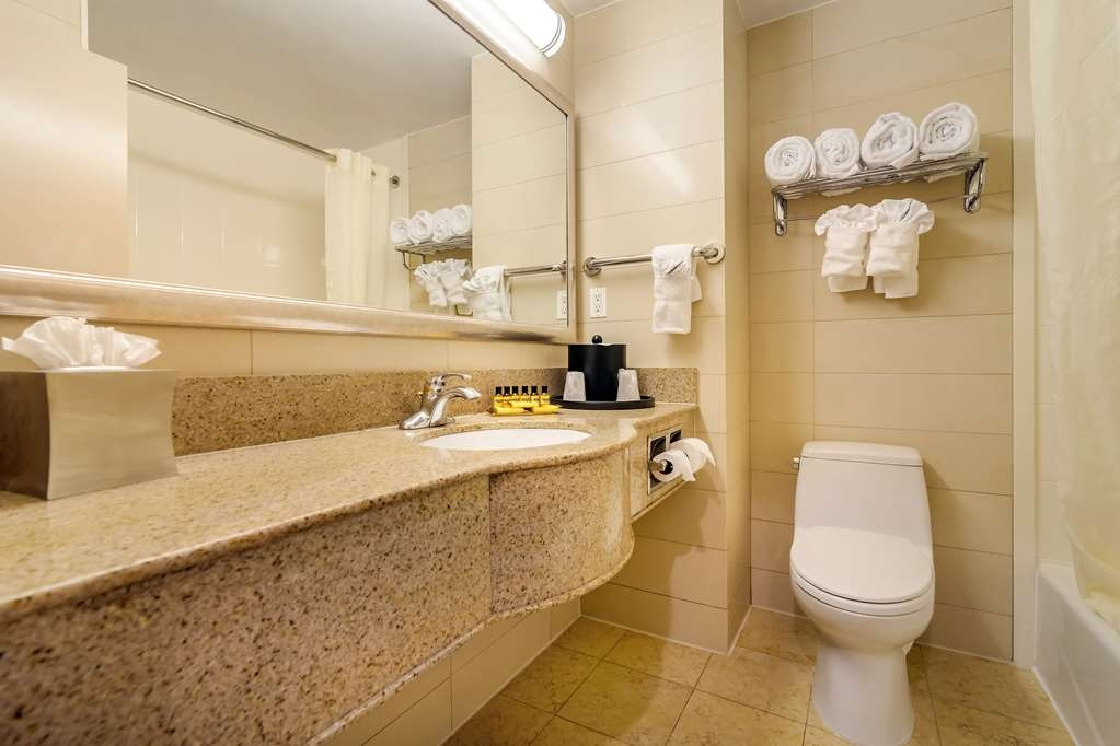 Best Western Plus Plaza Hotel - All guest bathrooms have a large vanity with plenty of room to unpack the necessities.