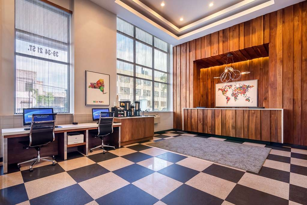 Best Western Plus Plaza Hotel - Hall