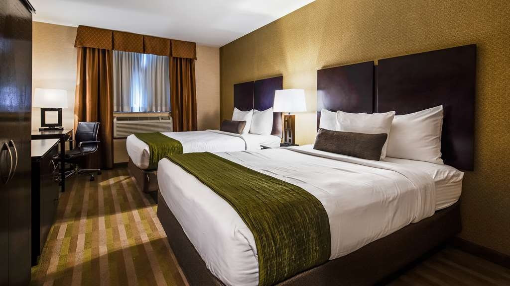 Best Western Plus Plaza Hotel - Guest Room