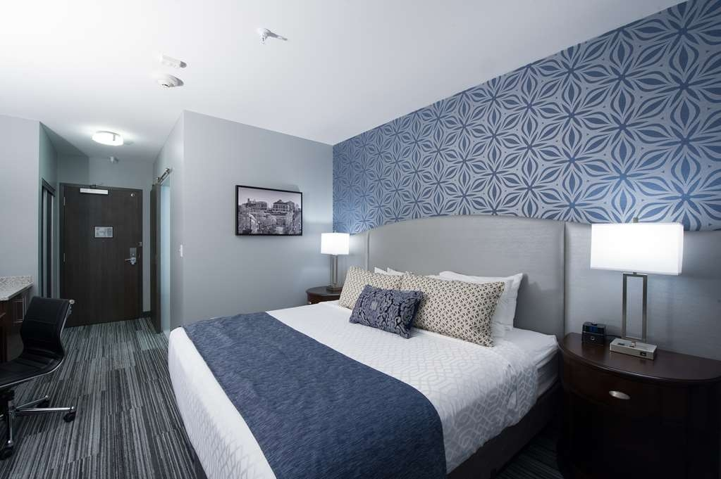 Best Western Plus Franklin Square Inn Troy/Albany - King Bed