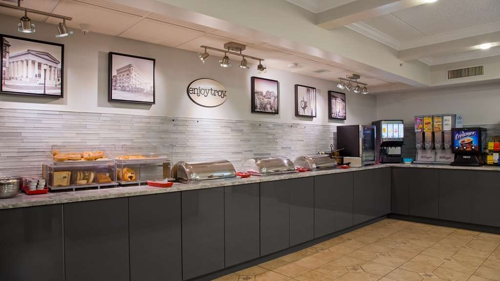 Best Western Plus Franklin Square Inn Troy/Albany - Frühstücksbuffet