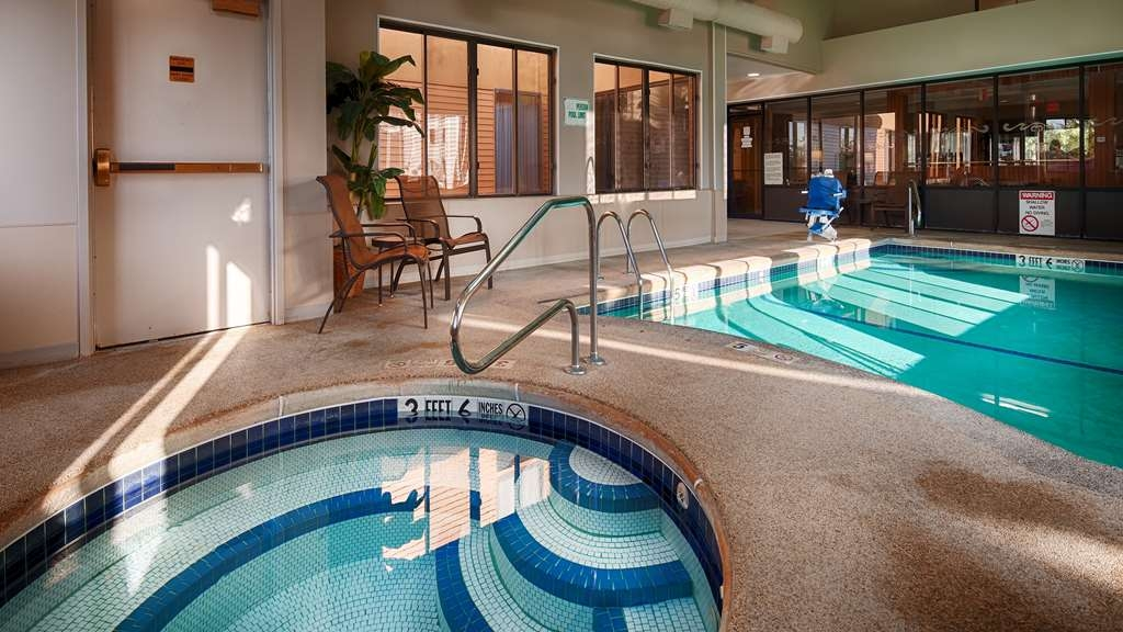 Best Western Dunkirk & Fredonia Inn - Indoor Pool and Hot Tub