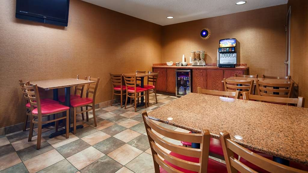 Best Western Dunkirk & Fredonia Inn - Breakfast Area