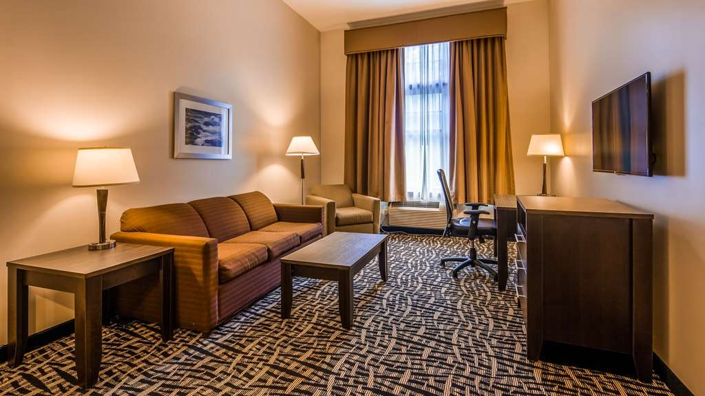 Best Western Plus The Inn & Suites at the Falls - Suite