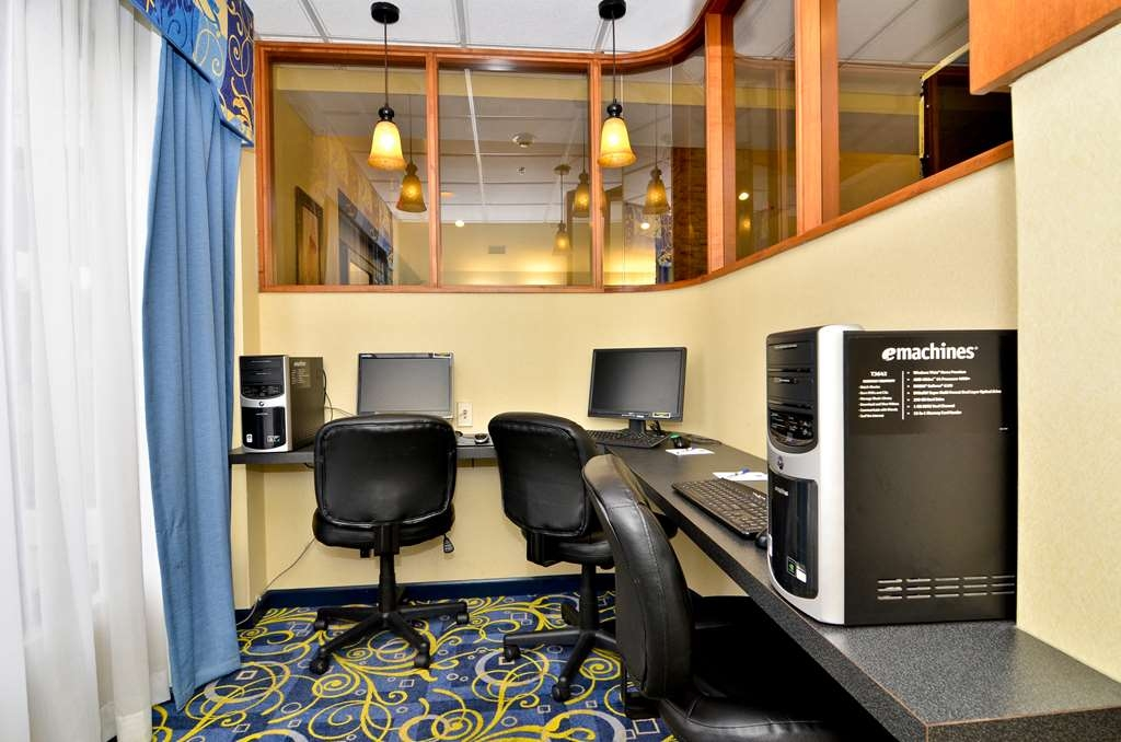 Best Western Plus Galleria Inn & Suites - centre des affaires