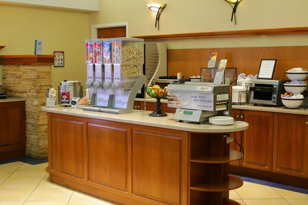 Best Western Plus Galleria Inn & Suites - Even if you're in rush don't miss the most important meal of the day.