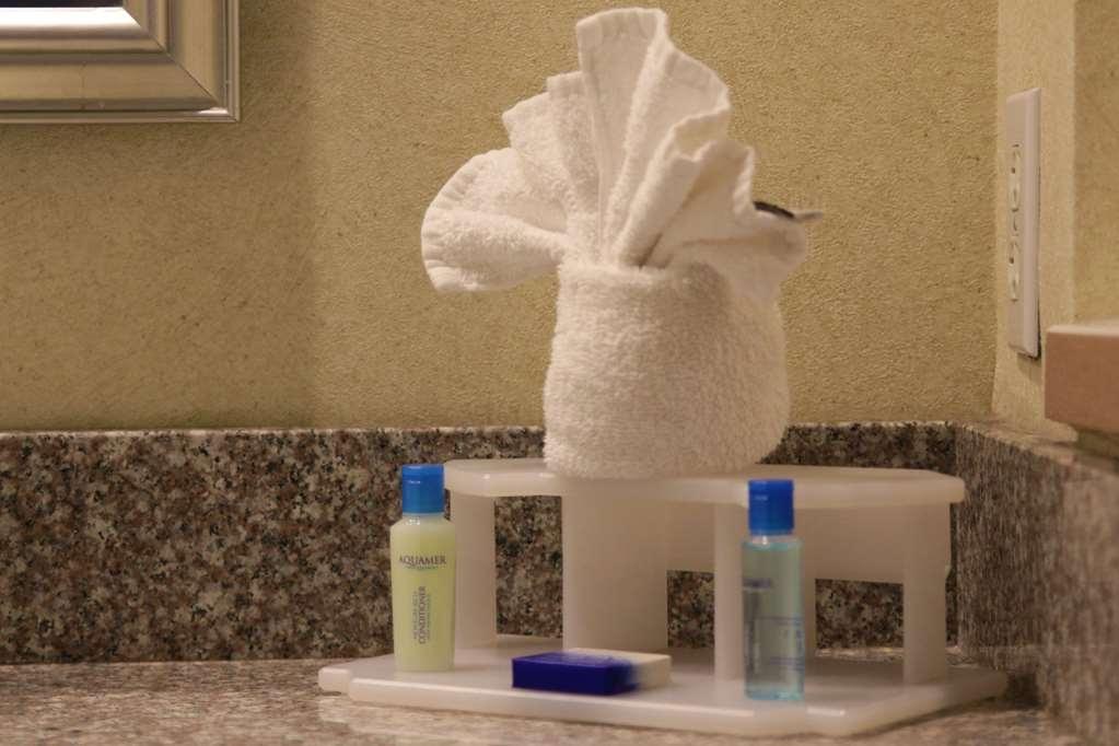 Best Western Plus Galleria Inn & Suites - Habitaciones/Alojamientos