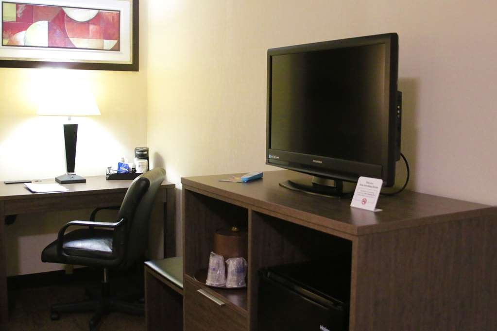 Best Western Plus Galleria Inn & Suites - Our standard guest rooms have all the comforts of home.