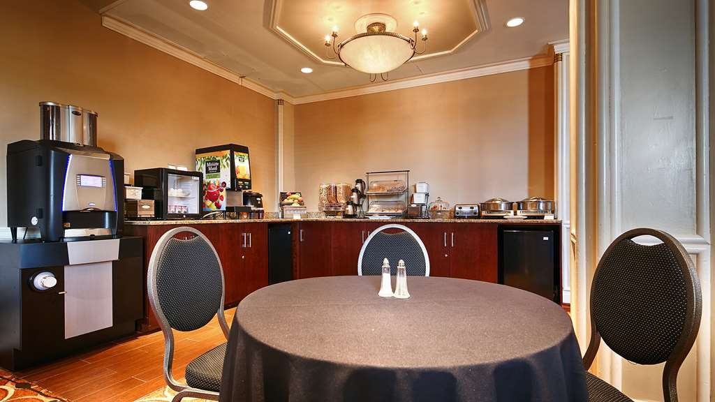 Best Western Queens Gold Coast - Prima colazione a buffet