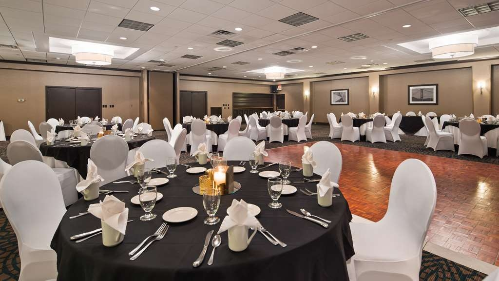 Best Western Plus Kingston Hotel and Conference Center - ballsaal