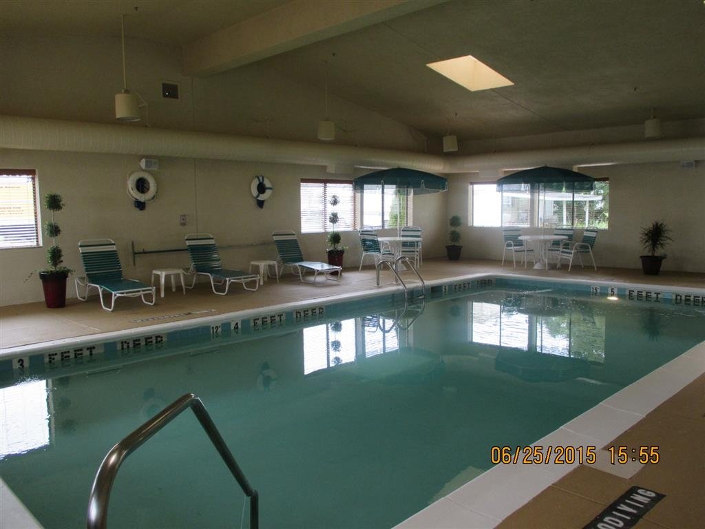 Best Western Maple City Inn - Piscina cubierta