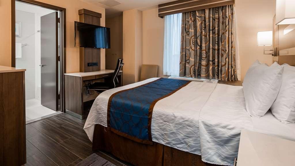 Best Western Plus Stadium Inn - Guest Room
