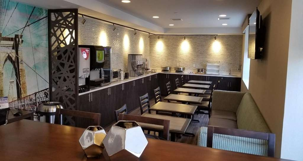 Best Western Brooklyn-Coney Island Inn - Restaurant / Etablissement gastronomique