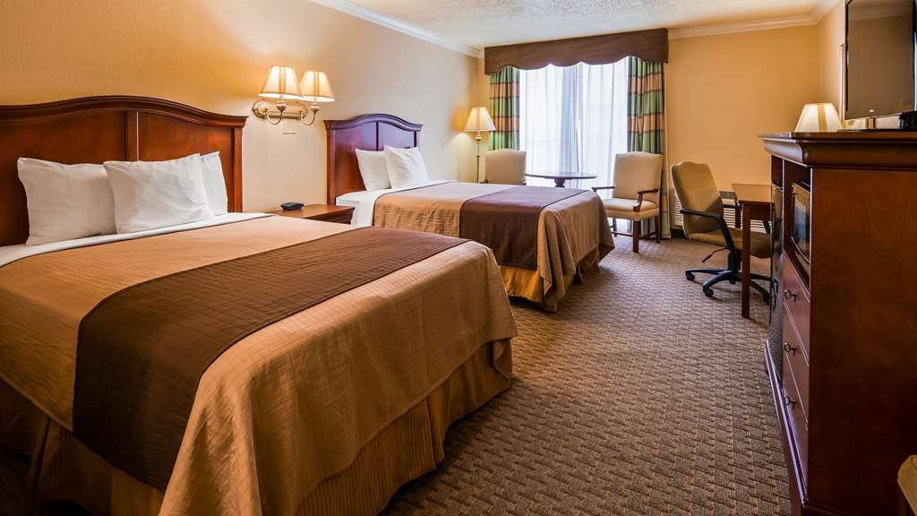 Best Western Plus Burlington - Two full sized beds