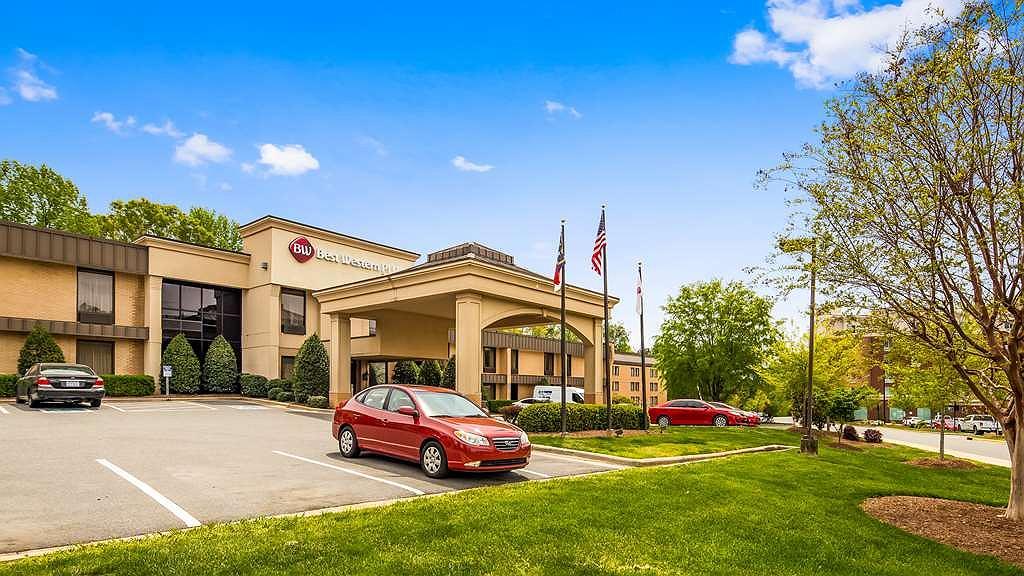 Best Western Plus Cary Inn - NC State - Aussenansicht