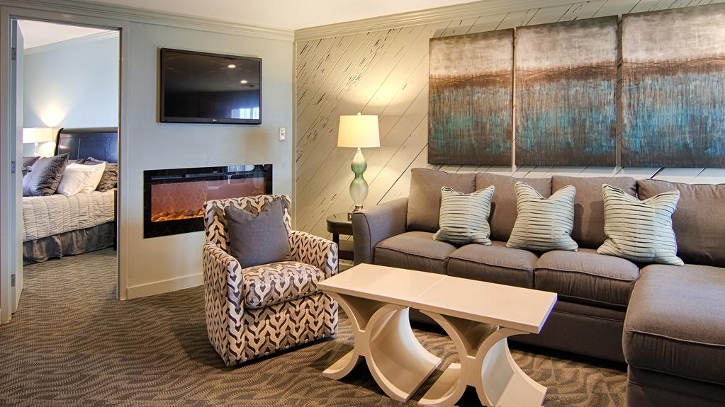 Best Western Ocean Reef Suites - Penthouse Suite