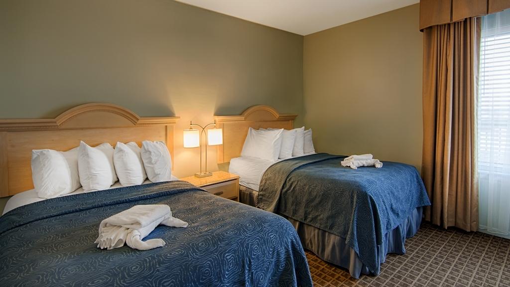 Best Western Ocean Reef Suites - Two Double Bed Suite