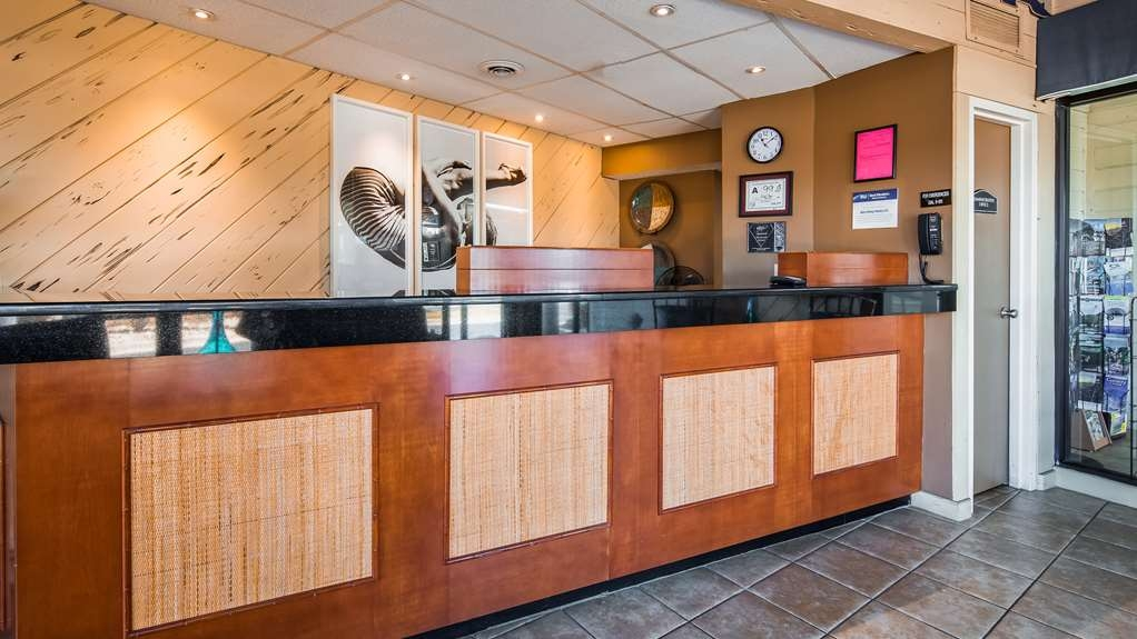 Best Western Ocean Reef Suites - Hall