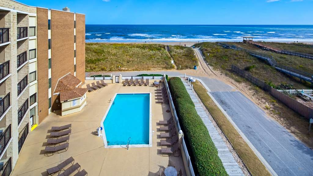 Best Western Ocean Reef Suites - Piscina