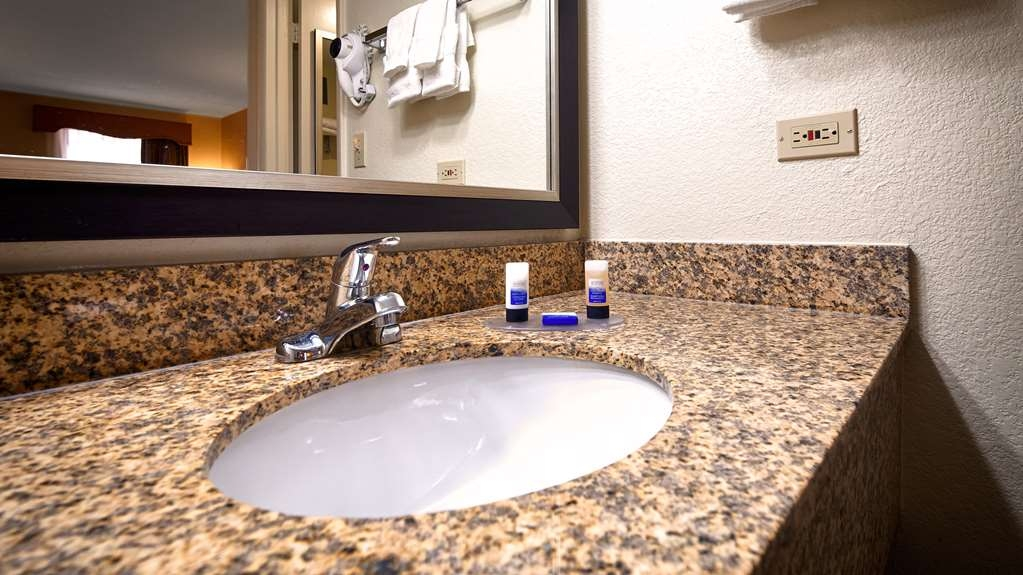 Best Western of Murphy - Granite counter w/hair dryer and amenities.