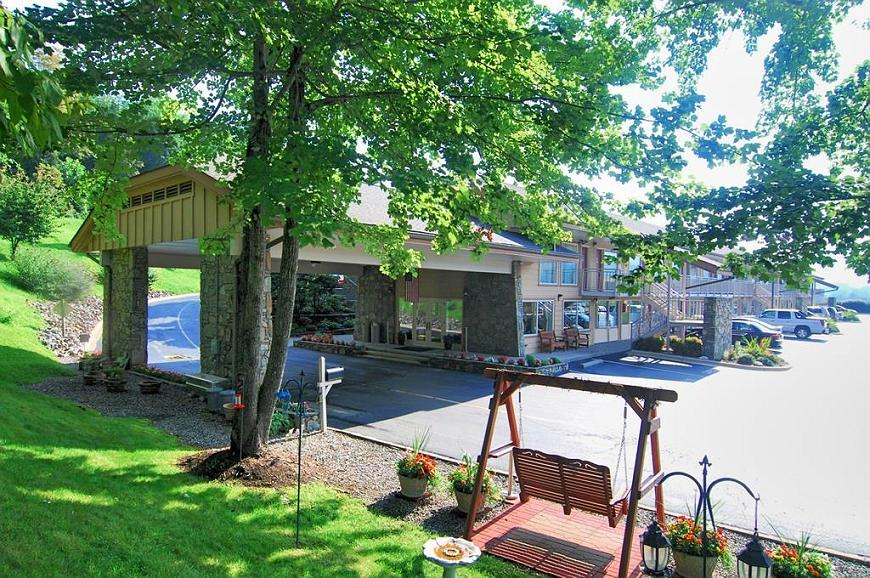 Best Western Smoky Mountain Inn - Area esterna