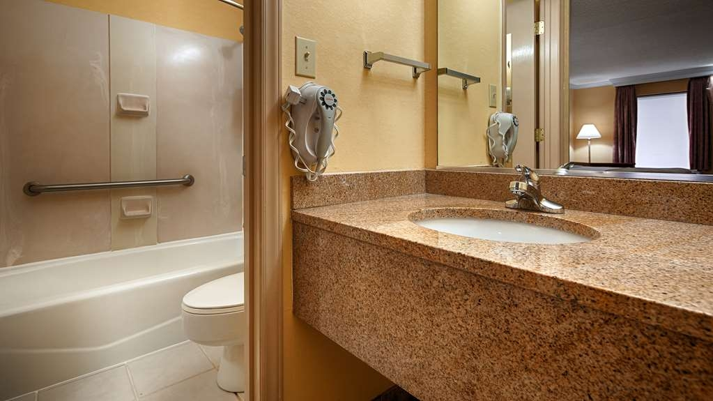 Best Western Bryson Inn - All guest bathrooms have a large vanity with plenty of room to unpack necessities.
