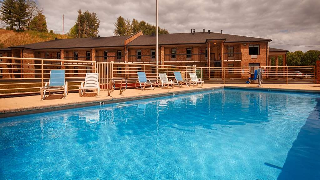 Best Western Bryson Inn - Our heated pool is seasonal from Memorial Day through Labor Day Weekend.
