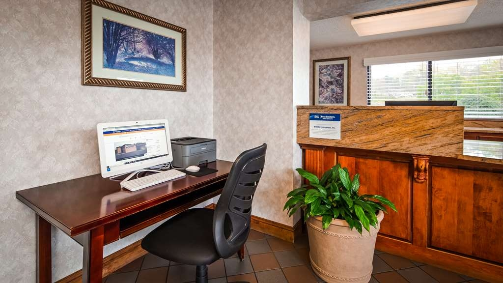Best Western Bryson Inn - Business Center