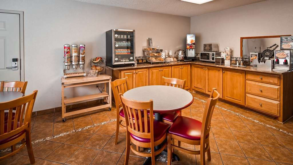 Best Western Bryson Inn - Breakfast Area