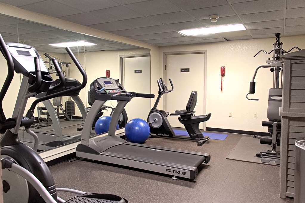 Best Western Statesville Inn - Burn off last night's dinner in our fitness center.
