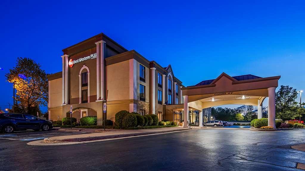 Best Western Plus Greensboro/Coliseum Area - Area esterna
