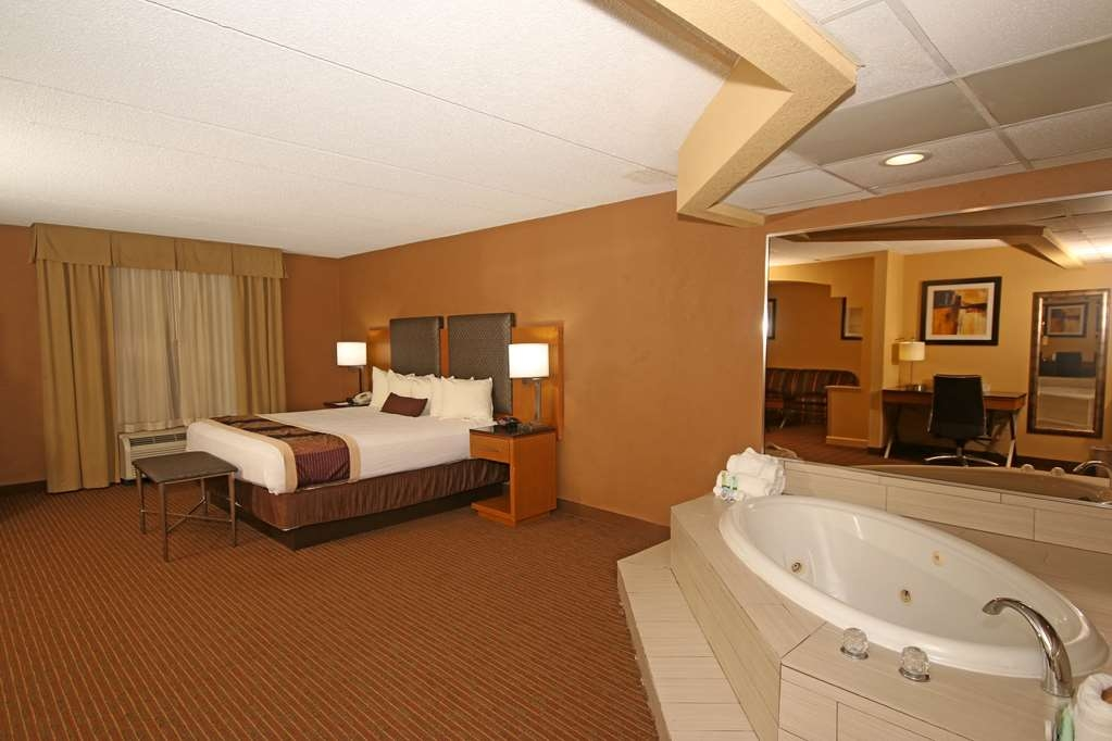 Best Western Plus Greensboro/Coliseum Area - King suite with whirlpool in the bedroom.