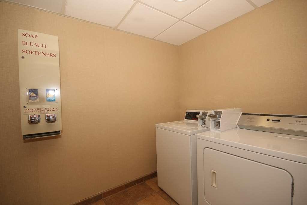 Best Western Plus Greensboro/Coliseum Area - Guest Laundry