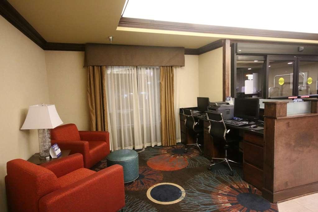 Best Western Plus Greensboro/Coliseum Area - Business Center