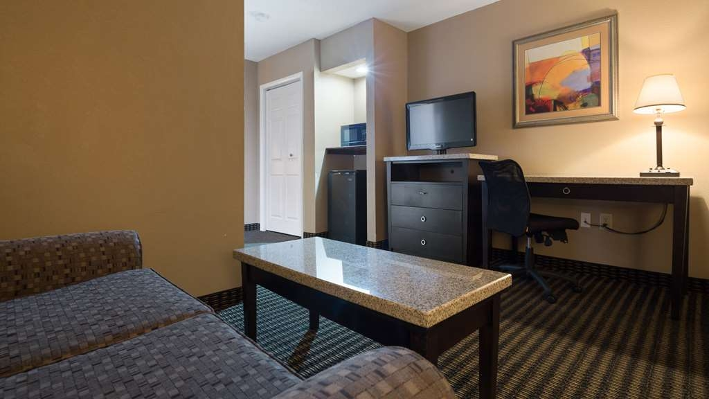 Best Western Lumberton - Each one of our suites is uniquely designed. Room 232 & 234 shown.