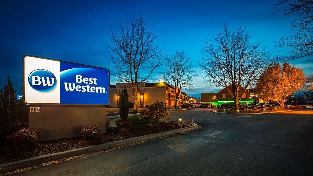 Best Western Hendersonville Inn - Aussenansicht