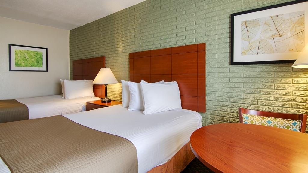 Best Western Hendersonville Inn - Habitaciones/Alojamientos