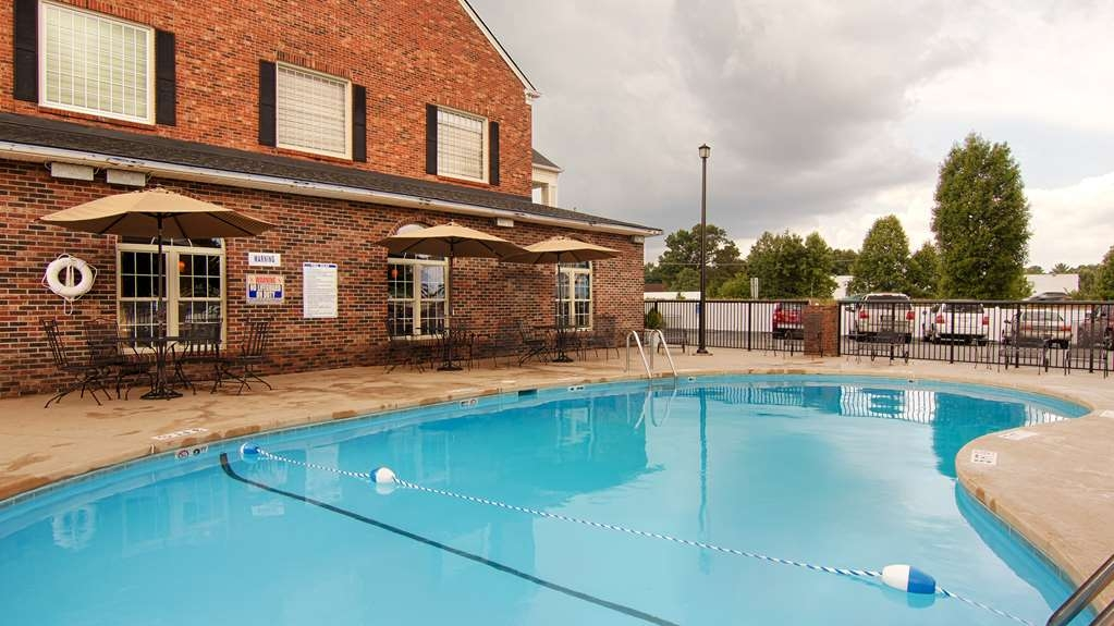 Best Western Hendersonville Inn - Pool