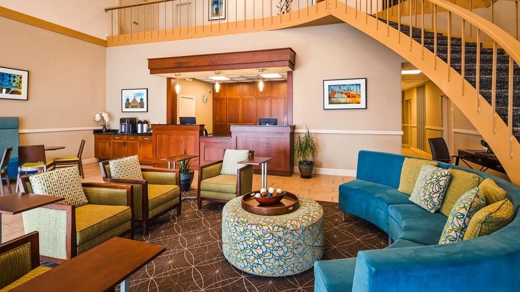 Best Western Hendersonville Inn - Vista del vestíbulo
