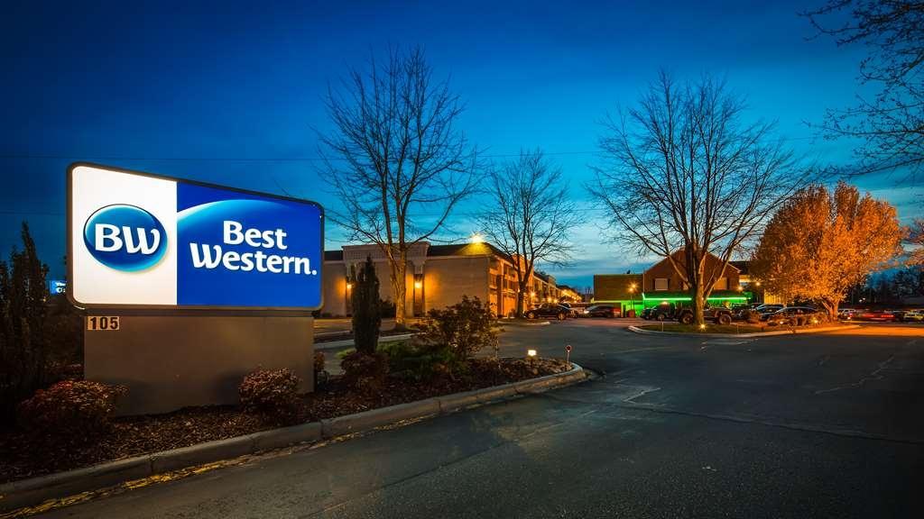 Best Western Hendersonville Inn - Außenansicht