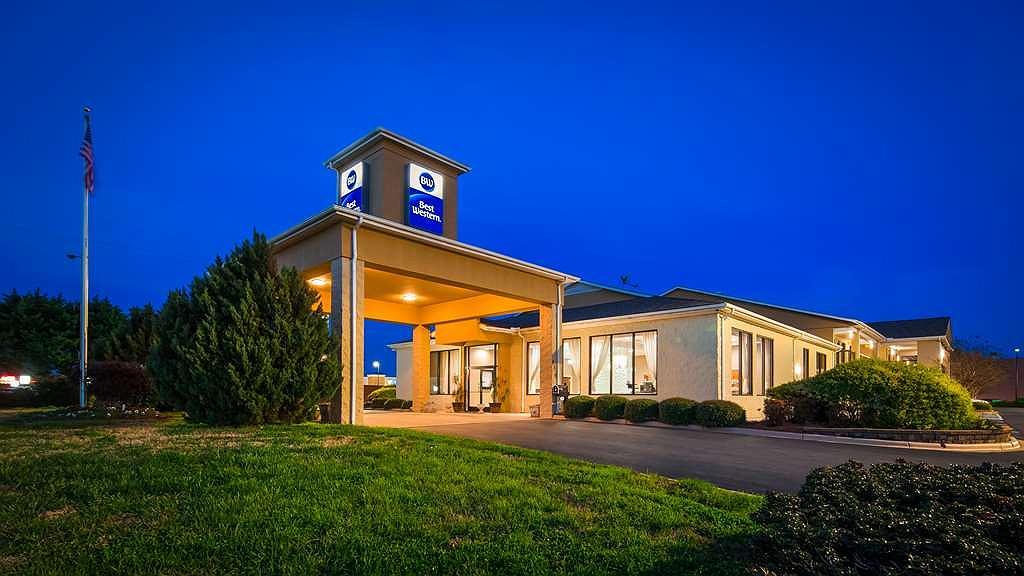 Best Western Inn & Suites - Monroe - Area esterna