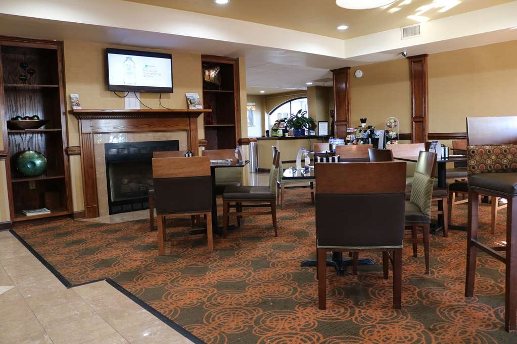 Best Western Plus Greensboro Airport Hotel - Restaurant / Etablissement gastronomique