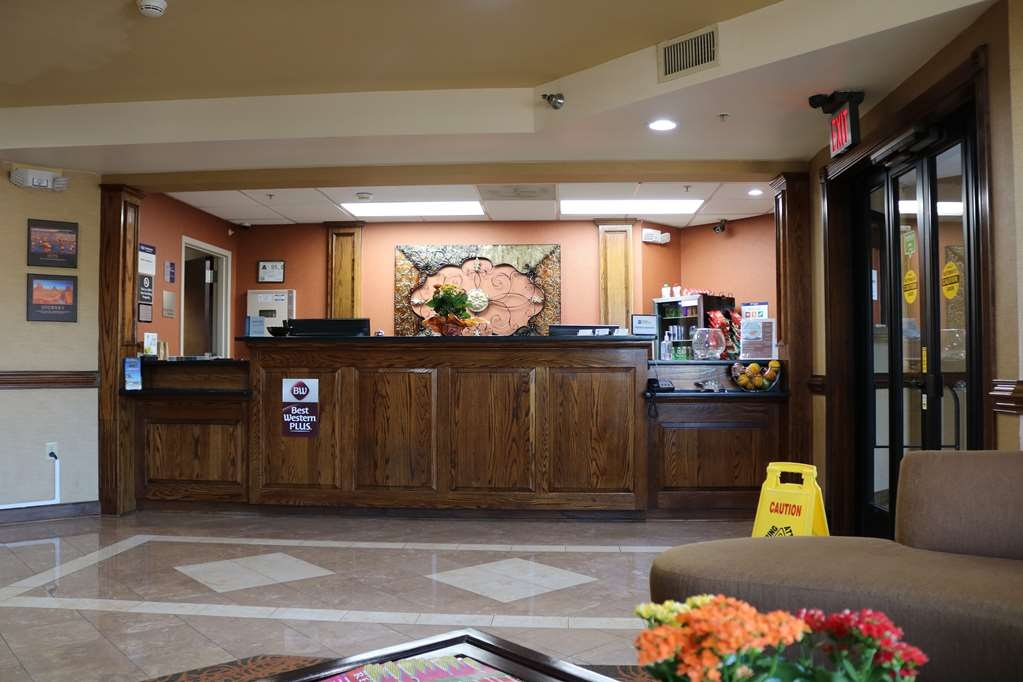 Best Western Plus Greensboro Airport Hotel - Vue du lobby