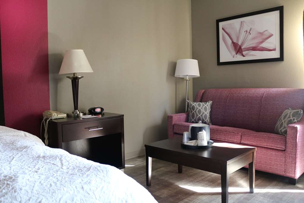 Best Western Plus Greensboro Airport Hotel - Chambres / Logements
