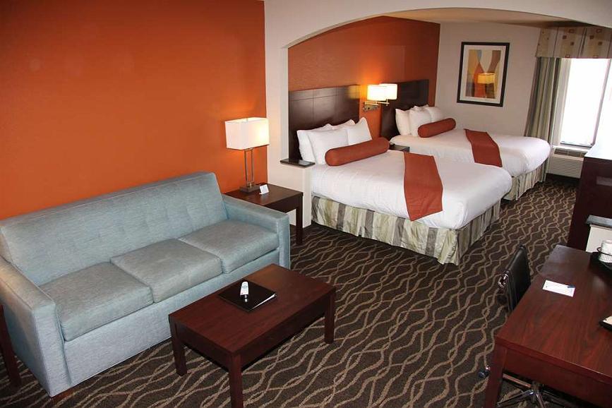 Hotel In Greenville Best Western Plus Suites Greenville