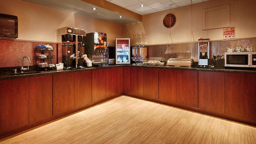 Best Western Plus Coastline Inn - Breakfast
