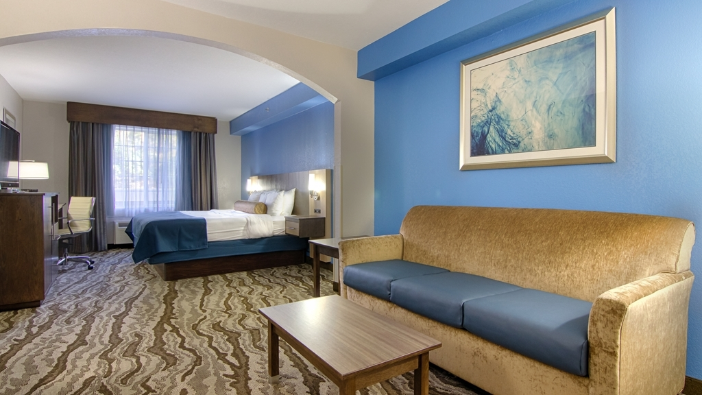 Best Western Plus River Escape Inn & Suites - Suite